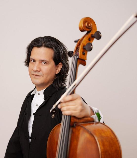 CLAUDIO BOHORQUEZ